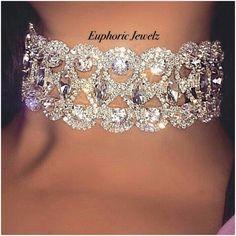 Crystal Jewelry for the Body - Jewelry Springs Cute Jewelry, Body Jewelry, Jewelry Accessories, Lingerie Accessories, Rhinestone Choker, Diamond Choker, Glitz And Glam, Diamond Are A Girls Best Friend, Crystal Jewelry