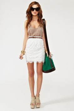 Lovethe idea of a belt with. Met e with a flows white top ticked in and boots to match the belt? I think yes!