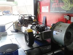 Caterham with 2L Zetec motor running a XMS5A Standalone engine management system - tuning. Dyno graph included.