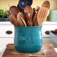 Extra Large Kitchen Utensil Holder 16 Colors by BackBayPottery