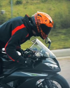 🎥 Speed and Strength Canada SS1310 Fast Forward Helmet Glitch Wallpaper, Cartoon Wallpaper, Racing Motorcycles, Motorcycle Helmets, Chevy Muscle Cars, Biker T Shirts, Motorcycle Accessories, Bike Life, Sport Bikes