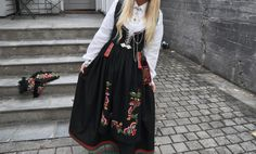 Min bunad: (Martine Rødland Egeland) Vest-Agder bunad