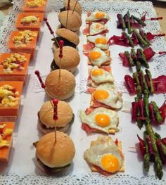 Entrantes Food Lab, Mini Foods, Snacks, Canapes, Sin Gluten, Caramel Apples, Salad Recipes, Catering, Good Food