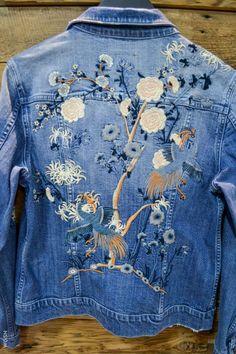 Jaqueta jeans bordada!!