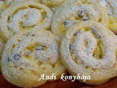 Pudingos - túrós csigák - Andi konyhája - Sütemény és ételreceptek képekkel Muffin, Food And Drink, Bread, Cookies, Baking, Breakfast, Cake, Recipes, Drinks