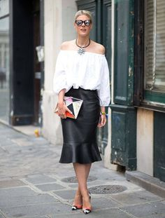 hbz-street-style-couture-pfw2014-05-61353310-lg