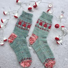 Ravelry: Magic Toadstool socks pattern by Stone Knits Crochet Socks, Knitted Slippers, Knitting Socks, Free Knitting, Knit Crochet, Crochet Granny, Knit Socks, Knitting Machine, Vintage Knitting