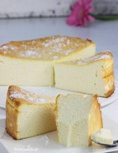 Sernik wiedeński , 13 Polish Desserts, Polish Recipes, Polish Food, My Favorite Food, Favorite Recipes, Breakfast Menu, Healthy Baking, No Bake Cake, Cake Recipes