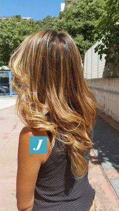 Spotted in salone! Un Degradé Joelle per ogni donna. #cdj #degradejoelle #tagliopuntearia #degradé #welovecdj #igers #naturalshades #hair #hairstyle #hairstyles #haircolour #haircut #fashion #longhair #style #hairfashion