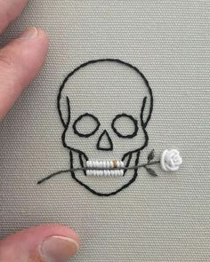 Simple looking embroidered skull and rose in teeth - . Simple looking embroidered skull and rose in teeth - Knitting , lace pro. Hand Embroidery Stitches, Cross Stitch Embroidery, Cross Stitch Patterns, Simple Embroidery, Embroidery Ideas, Rose Embroidery, Sewing Stitches, Embroidery Patches, Embroidery Fashion