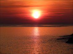 Sonnenuntergang in der Bucht Gortanova uvala in Pula - Istrien www.inistrien.hr #Sonnenuntergang #Natur #Istrien #Pula
