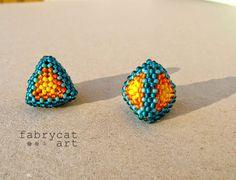 beaded pyramids Beadwork, Beading, Triangles, Stud Earrings, 3d, Beauty, Jewelry, Necklaces, Hydrangeas