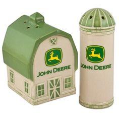 John Deere Barn & Silo Salt & Pepper Set   WeGotGreen.com