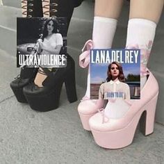 Ultraviolence vs Born To Die Lana Del Rey Memes, Born To Die, Brooklyn Baby, Lana Del Ray, Lust For Life, Aesthetic Photo, Music Aesthetic, Fb Memes, Young And Beautiful