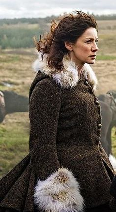 Caitriona Balfe, Claire Randall - Rent - Outlander love coat (TV Series, 2014- ) Series Costume Design by Terry Dresbach + Glenne Campbell #dianagabaldon