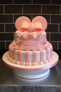 Minnie Mouse Birthday Cake by babegotback Bolo Minnie, Mickey Mouse Cake, Minnie Mouse Cake, Pink Minnie, Minnie Mouse Birthday Cakes, 1st Birthday Cakes, Birthday Ideas, Birthday Parties, Pretty Cakes
