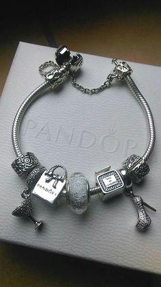 Pandora Jewelry OFF!>> We love this fun yet chic shopping-themed bracelet! Pandora Bangle, Pandora Bracelet Charms, Pandora Jewelry, Charm Bracelets, Pandora Pandora, Pandora Beads, Wrap Bracelets, Pandora Shop, Necklace Charm
