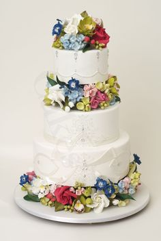 wedding-cake-inspiration-Ron-Ben-Isreal-wedding-cakes-white-silver-spring-flowers and Desserts, York Wedding Cakes, White Wedding Cakes, Unique Wedding Cakes, Beautiful Wedding Cakes, Gorgeous Cakes, Wedding Cake Designs, Pretty Cakes, Amazing Cakes, Unique Cakes, Elegant Cakes