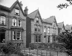 a photographic archive of Leeds - Display Old Pictures, Old Photos, Welcome To Yorkshire, Leeds City, Industrial Architecture, Urban, Mansions, House Styles, Buildings