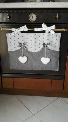 Copriforno cuore grigio