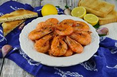 Creveti in unt, cu usturoi si patrunjel - CAIETUL CU RETETE Fitness Diet, Shrimp, Meat, Cooking, Food, Kitchen, Essen, Meals, Yemek
