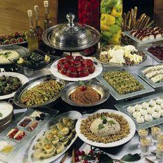 Traditional Turkish Feast....Yum ooh!