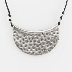 Colier semilună mare, argint și fir negru, Thailanda #metaphora #silverjewelry #silverjewellery #necklace #thailand