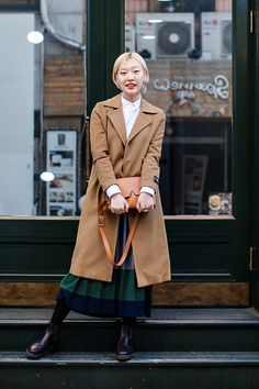 On the street… Cho Hanseul Seoul Autumn Winter Fashion, Fall Winter, Korean Street Fashion, Seoul, Dress Up, Street Style, Fashion Outfits, Coat, Instagram Posts