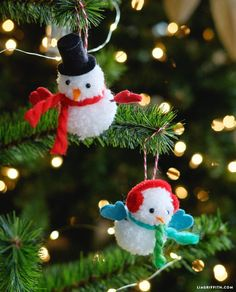 Make these adorable snowman ornaments with your kids www.LiaGriffith.com #diyornaments