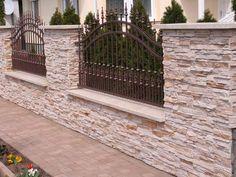 Front Wall Design, House Fence Design, Modern Fence Design, Door Gate Design, Patio Design, Brick Fence, Front Yard Fence, Fenced In Yard, Dover House