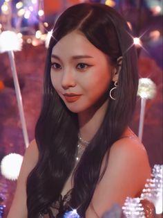 Black Mamba, Kpop Girl Groups, Korean Girl Groups, Kpop Girls, Rapper, Disney Snacks, Fandom, Kim Min, Girl Bands