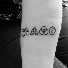 Recognise? Any fans out there? 😱👀 fun thing to do #ledzeppelin #ledzeppelintattoo #tattoo #tattoos #bodyart #tattooed #inked #ink #tattooedgirl #tatts #instatattoo #instatattoos #newtattoo #tats #sleeve #me #art #design #me #artist #instaart #body #instadaily #tattooedboy