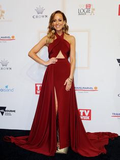 A cut above the rest! The Project's Carrie Bickmore shows off STUNNING figure and midriff in burgundy gown on the Logies red carpet Infinity Dress Bridesmaid, Wedding Bridesmaid Dresses, Prom Dresses, Formal Dresses, Burgundy Gown, Revealing Dresses, Convertible Dress, Red Carpet Fashion, Special Occasion Dresses