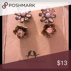 Chloe + Isabel Gardenia Stud Duo Earrings C+I Brand new in original bag Chloe + Isabel Jewelry Earrings