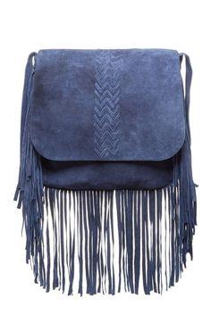 Jessica Suede Fringe Messenger Bag Sponsored by Nordstrom Rack. Fashion Handbags, Purses And Handbags, Fashion Bags, Bagdad, Chanel, Leather Chain, Shoulder Handbags, Handbag Accessories, Shoe Bag
