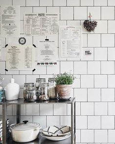 Easy Simple & Cheap Kitchen Decor And Design Information - - Attractive treated amazing kitchen design ideas Share this Quirky Home Decor, Fall Home Decor, Home Decor Kitchen, Home Decor Bedroom, Cheap Home Decor, Room Decor, Kitchen Ideas, Kitchen Design, Kitchen Decorations