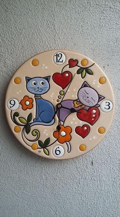 New Photo clay pottery painting Thoughts ceramica come mestiere: Orologio da parete in ceramica smaltata. Polymer Clay Projects, Diy Clay, Clay Crafts, Diy And Crafts, Glazed Ceramic, Ceramic Clay, Ceramic Painting, Pottery Painting Designs, Cd Art