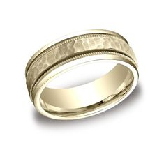 CFYB158309YG This 8mm comfort‑fit carved design band features a hammered‑finished center with a milgrain pattern along the high polished edge for a stylish look.