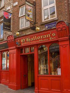 Quaint Little Pub, Ennis, Ireland