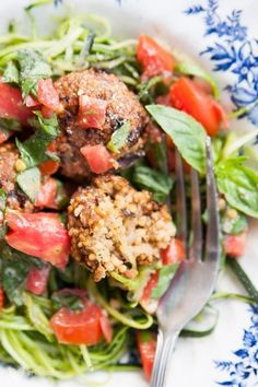 IMG_4893 Vegan Vegetarian, Vegan Food, Salmon Burgers, Vegan Recipes, Clean Eating, Veggies, Tasty, Lunch, Chicken