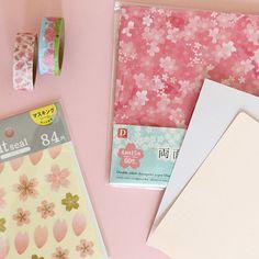 卒園にピッタリ!100均で桜ロゼット | Thankyou Works Blog Handmade, Hand Made, Craft