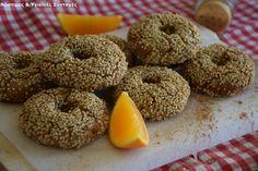 Κουλουράκια πορτοκαλιού με βρώμη και μέλι - Miss Healthy Living Bagel, Biscotti, Bread, Cookies, Food, Decor, Crack Crackers, Decoration, Eten
