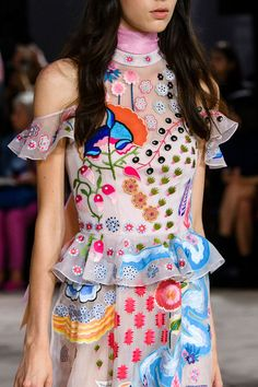 Temperley London, Spring 2017 - These London Runway Details Are Too Pretty for Words - Photos