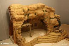 Foro de Belenismo - Arquitectura y paisaje -> Montículo gruta Belén emore 2009. Nativity House, Christmas Nativity Scene, Christmas Projects, Christmas Diy, Christmas Decorations, Mixed Media Canvas, Stop Motion, Miniature Dolls, Clay Art