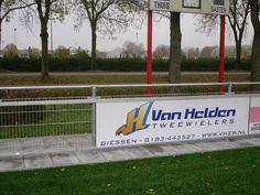 Weer een tevreden klant. Hier hebben ze ervoor gekozen de oude onderrails te laten zitten en van ons PRO-systeem alleen de bovenrail te gebruiken. In sommige gevallen een prima oplossing! www.skwshop.nl