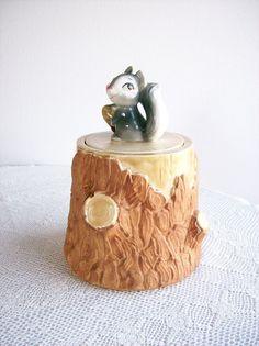 vintage-cookie-jar-squirrel-on-stump