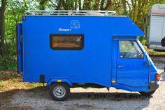 Le piaggio ape moca camper : le plus petit camping-car du monde Mini Camper, Car Camper, Camper Caravan, Rv Campers, Camper Trailers, Travel Trailers, Piaggio Ape, Vespa Ape, Vespa Lambretta
