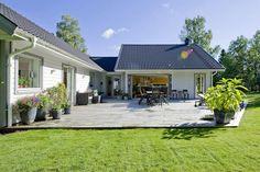 Bilder, Trädgård, Blommor, Gräsmatta, Altan - Hemnet Inspiration