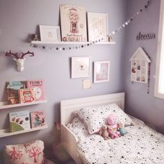 SOMETHING BEAUTIFUL: Chloe's room