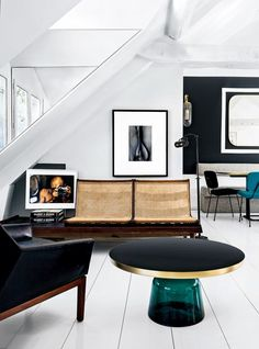 8 Fancy Living Rooms to start the new season in (Daily Dream Decor) Fancy Living Rooms, Living Room Interior, Home And Living, Living Spaces, Modern Living, Decoration Inspiration, Interior Design Inspiration, Design Ideas, Furniture Inspiration